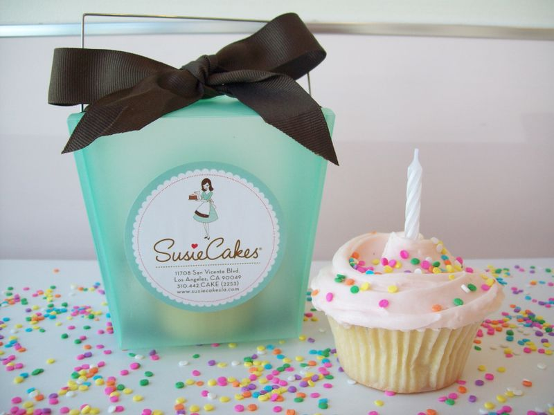 SusieCakes _Birthday Box